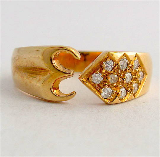 18ct yellow gold diamond set dress ring