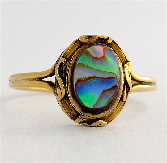 18ct yellow gold paua dress ring
