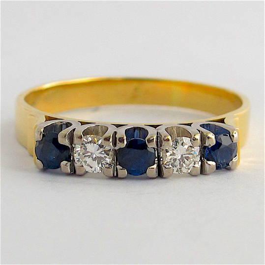 18ct yellow & white gold sapphire and diamond ring