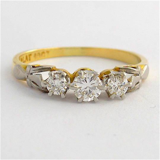 18ct yellow gold and platinum 3 stone diamond ring