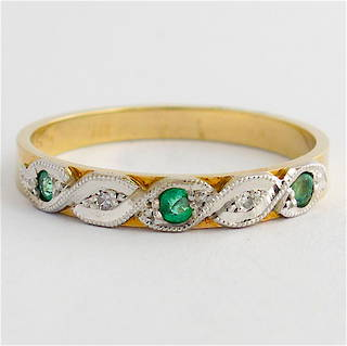 9ct yellow & white gold emerald and diamond band