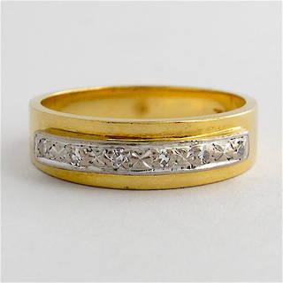 18ct yellow & white gold diamond band