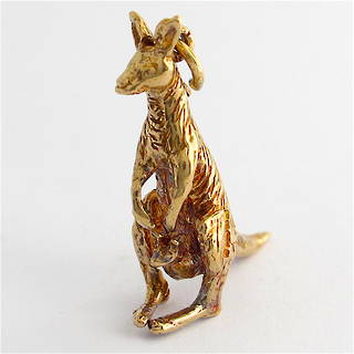 9ct yellow gold kangaroo and joey charm