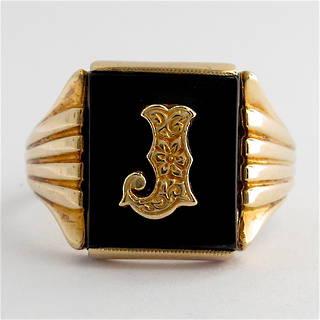 9ct yellow gold men's vintage 'J motif' onyx ring