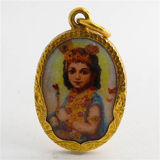 18ct yellow gold Indian enamelled charm