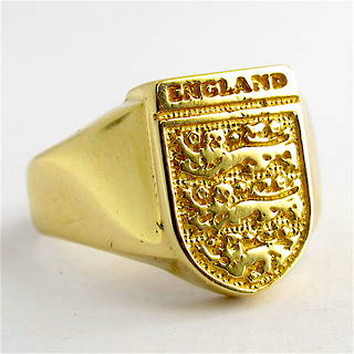Men's 9ct yellow gold British Hallmarked signet ring