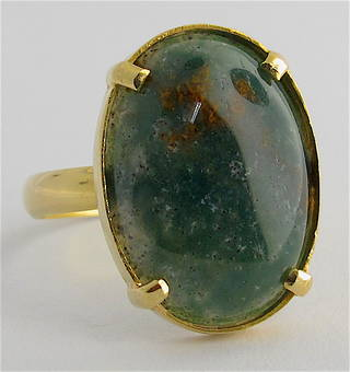 18ct yellow gold moss agate stone ring