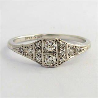 18ct white gold & platinum Art Deco diamond ring