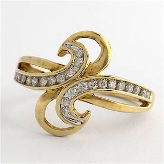 9ct yellow gold diamond dress ring