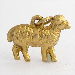 9ct yellow gold sheep charm