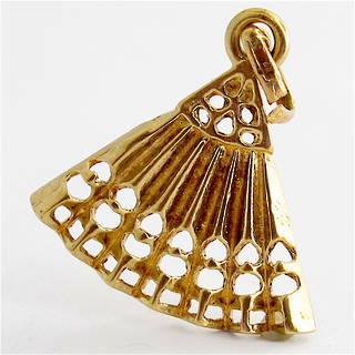 9ct yellow gold fan charm