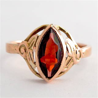 9ct rose gold vintage garnet dress ring