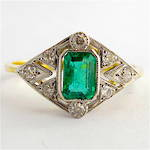 18ct yellow & white gold Art Deco style emerald and diamond ring