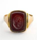Men's 9ct yellow/rose gold antique carnelian signet ring
