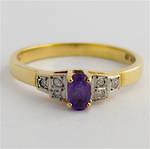 9ct yellow & white gold amethyst and diamond ring