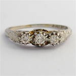 18ct white gold and platinum vintage three stone diamond set ring