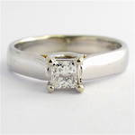 Lady's white gold and diamond solitaire ring