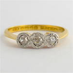 18ct yellow gold/platinum antique 3 stone diamond ring