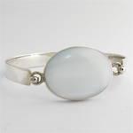 Sterling silver mother of pearl set bracelet