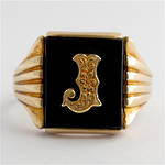 9ct yellow gold men's vintage 'J motif' onyx ring