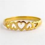 9ct yellow gold heart motif dress ring