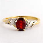 9ct yellow gold and rhodium plated garnet dress ring