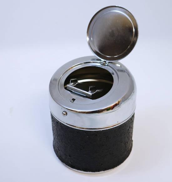 Shiny Black Cup Ashtray