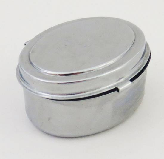 Mini Stainless Steel Ashtray (Oval Shaped)