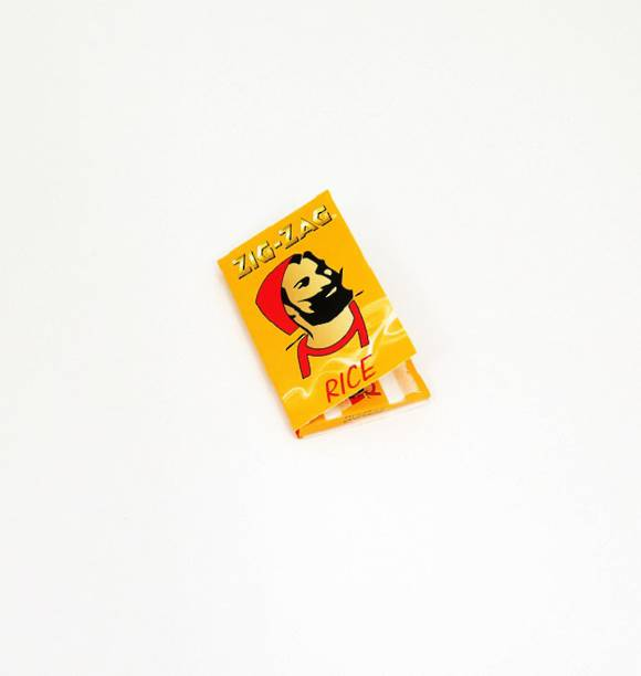 ZIG-ZAG Rolling Paper Yellow Single Pack