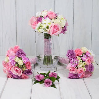 PINK SEASONAL WEDDING FLOWERS