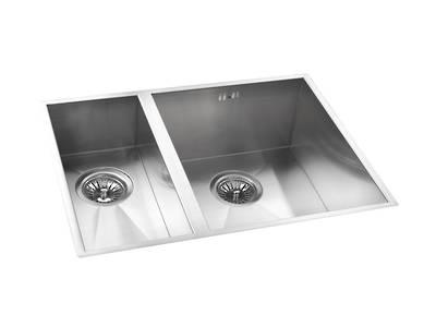 Cabriole Kitchen Sink 1 1/4 Bowls