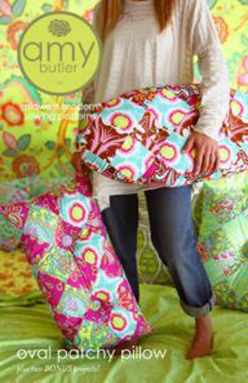 AB047PA OVAL PATCHY PILLOW