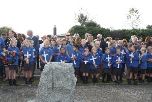 School children with crosses