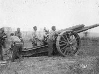 A New Zealand artillery gun and gun crew at the Battle of Messines.