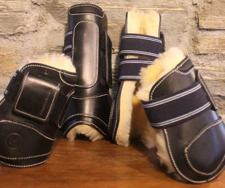 Hinterland Sheepskin Lined Front Boots