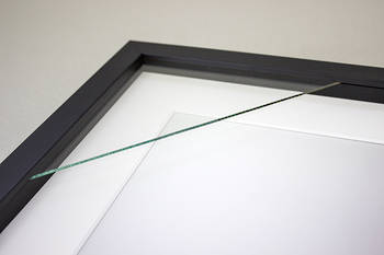 5x7 3-Window Black Box Frame White Mat 52sb