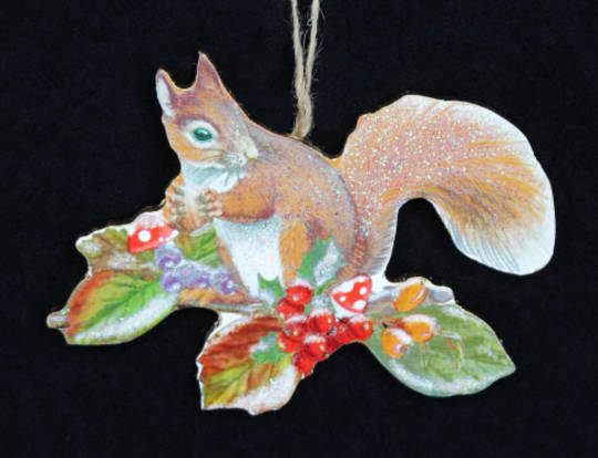 Wood Squirrel on Fruit Branch 8cm