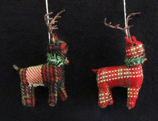 Plaid Fabric Reindeer 11cm