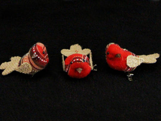 Red/Hessian Fabric Bird Clip 7cm