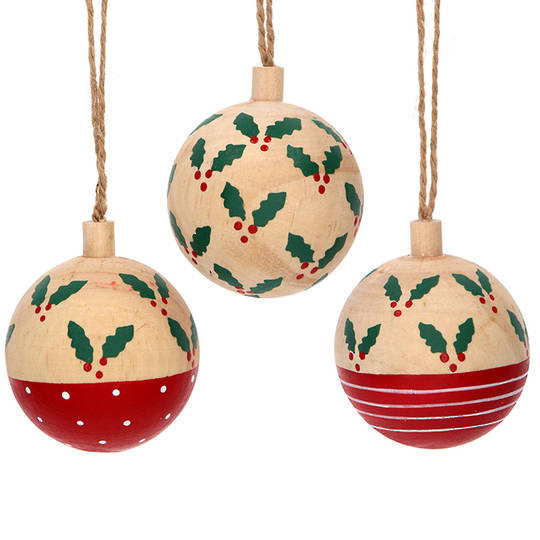 Wood Ball with Holly 6cm