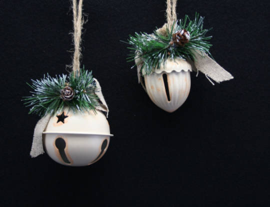 Tin White Jingel Bell with Fir 7cm