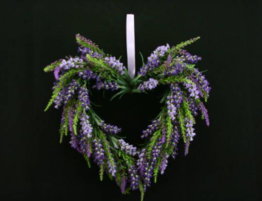 Lavender Heart Wreath 31cm