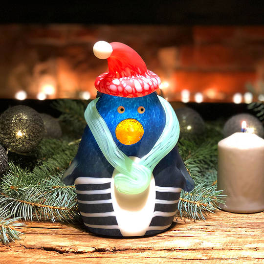 ArtGlass Christmas Penguin 20cm