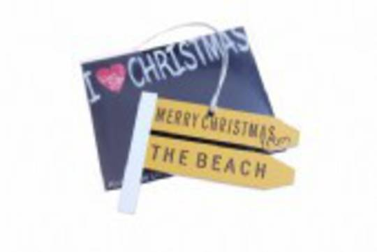 Hanging I Love Christmas, Give me a Sign, The Beach