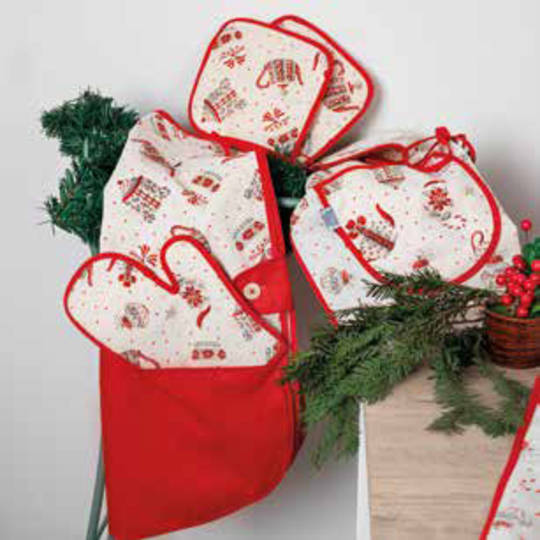 Christmas Tea Story Design Oven Glove Set