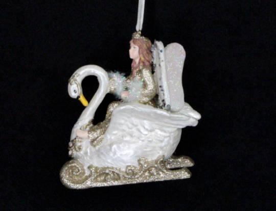 Hanging Resin Fairy in Swan Sleigh Cream/Gold