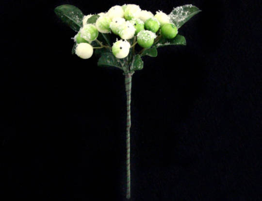 White & Green Berry & Leaf Pick 14cm