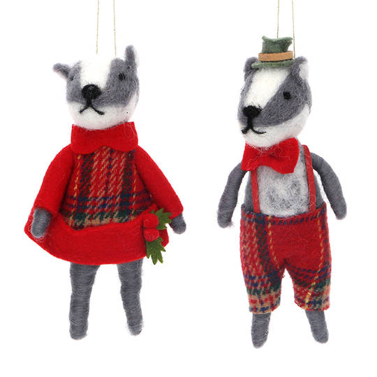 Wool Mr or Mrs Badger 13cm