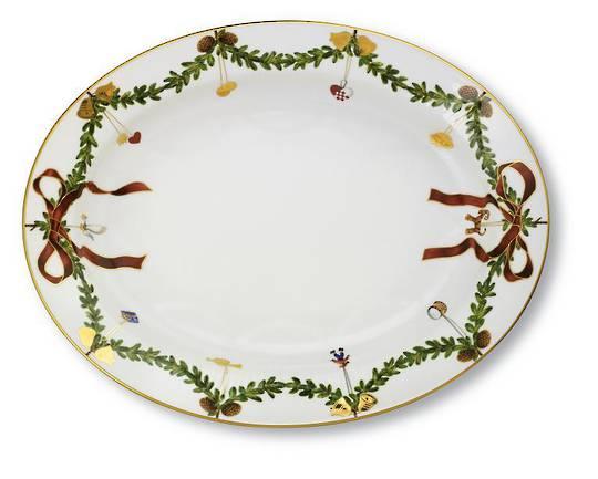 StarFluted Christmas Oval Platter