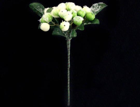 White & Green Berry & Leaf Pick 14cm